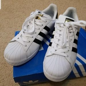 Adidas stripe Superstar sneakers